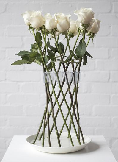 Crown Vase by Lambert Rainville creates freestanding flower arrangements   Design   Scoop.it