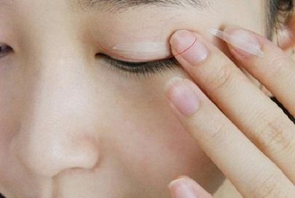 Chăm sóc mắt sau bấm mí đúng cách để mí mắt được bền lâu và đẹp   tocmaidephanquoc   Scoop.it