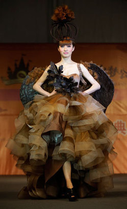 Chocolate fashion shows | Shanghai, China | photoMojo | FOX11ONLINE.COM | current color trends | Scoop.it