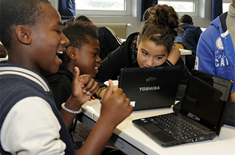 Classes inversées : fossilisation des pratiques ou innovation à l'ère numérique ? | classe inversée, TBI TNI, pédagogie | Scoop.it