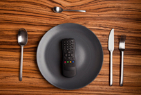 Distracted eating may add to weight gain - Harvard Health Blog | Health and Fitness | Scoop.it