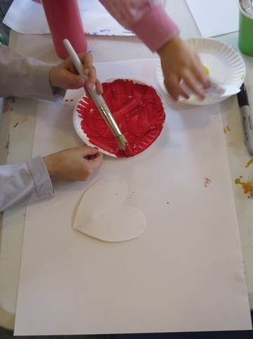 Printmaking with paper hearts | Teach Preschool | Teach Preschool | Scoop.it