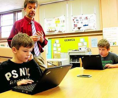 Middletown grade-schoolers join millions across globe for Hour of Code - Middletown Press | Mathematics deeper understanding | Scoop.it