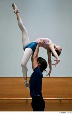 Clasicismo y vanguardia se reencuentran en la CNDc « danzad ... | Compañía Nacional de Danza CLÁSICA | Scoop.it