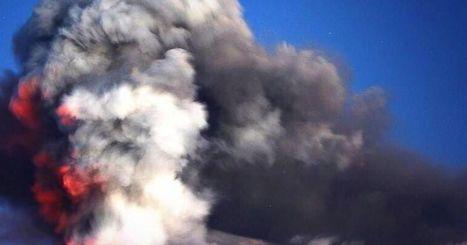 A Massive Volcano Is Erupting in Iceland | LibertyE Global Renaissance | Scoop.it