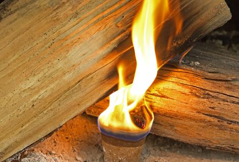 Une artisane recycle les bougies usagées en allume-feux écologiques   D'Dline 2020, vecteur du bâtiment durable   Scoop.it