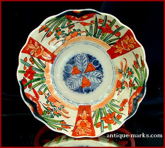 Japanese Imari Porcelain - One to look out for ... | Antique Pottery & Porcelain Marks | Scoop.it