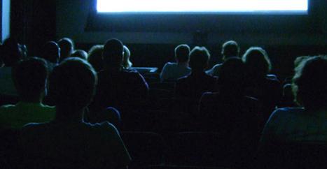 Sortie simultanée : Netflix provoque la colère des exploitants de salles | Libertés Numériques | Scoop.it