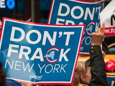 University of Texas Researcher Quits After Fracking Conflict of ... | Fracking News | Scoop.it