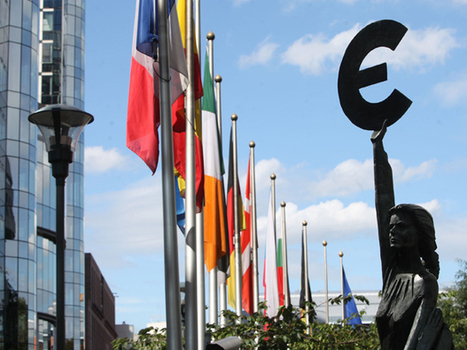 EU's top court says data law tramples on privacy rights   txwikinger-cloud-computing   Scoop.it