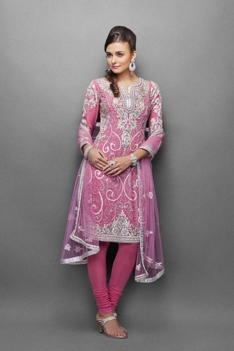 Designer Indian Suits Online with Best Price | zarilane | Scoop.it