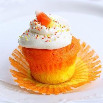 Twitter / just___desserts: Candy Corn Cupcake ... | Foodie Heaven | Scoop.it