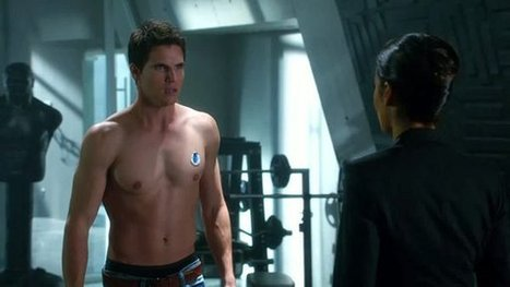 Robbie Amell's Hot Superhero Role -- Joins 'Arrow' Spinoff, 'The Flash' | ARROWTV | Scoop.it