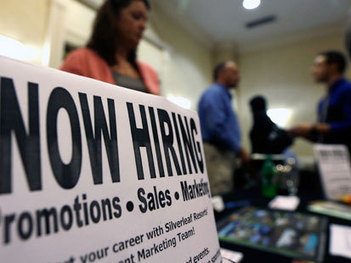 Looking for Work? How to Stand Out - ABC News | Jobs and Applying | Scoop.it