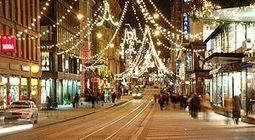 Christmas Lighting – Amazing Christmas Tree Display Using Solar, LED, Battery Operated and Musical Christmas Lights   Holiday Lighting   Scoop.it