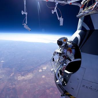 Banco de Imagenes Gratuitas: Misión Stratos de RedBull (Fotografías Aéreas) Espacio | AEROIMAGENES | Scoop.it