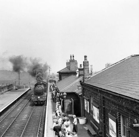 Captivating shots by Sunderland photographer show the changing face of the railway industry | Railway anthology | Scoop.it