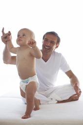 Développement psychomoteur de bébé et de l'enfant mois par mois | Education des minorités | Scoop.it
