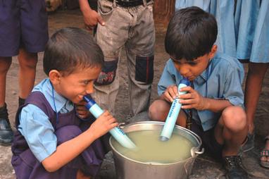 CicloVivo - Suíços criam canudo que filtra água contaminada | CicloVivo - Plantando Notícias | Climate - Water - Ecology - People and Sustainability post Rio+20 | Scoop.it
