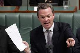 Christopher Pyne's review of university places cap a 'clear broken promise' | Common Placebook | Scoop.it