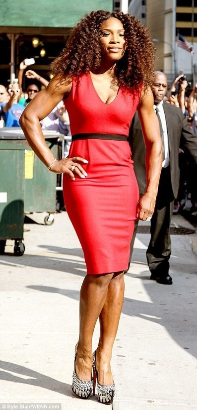 "Celebrity for the World: The Fasted server Serena Williams in ""Late Night Show"" 