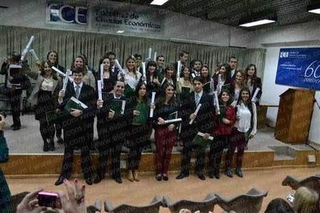 La Ciudad - 04 de junio de 2013 - Económicas: emotiva fiesta de egresados- Diario El Día, La Plata, Argentina | Posgrados | Scoop.it