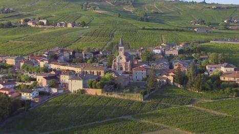 Des monts du Beaujolais aux monts d'Ardèche DesRacinesEtDesAiles @France3tv | Histoire et patrimoine Beaujolais Bourgogne | Scoop.it