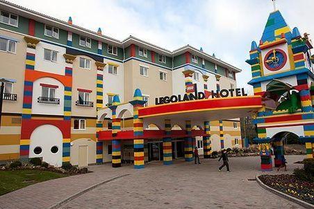 Un hôtel LEGO vient d'ouvrir ses portes en Floride   Strange days indeed...   Scoop.it