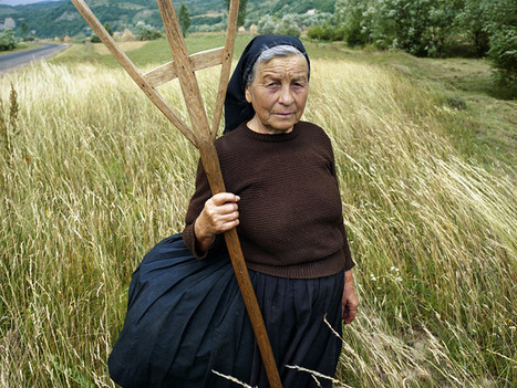 Kathleen Laraia McLaughlin - The Color of Hay: The Peasants of Maramures | LensCulture | Backlight Magazine. Photography and community. | Scoop.it