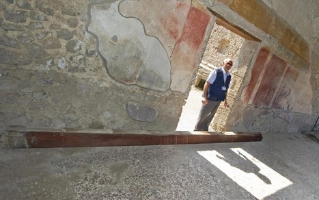 Falling beam at Pompeii provokes outrage  - Telegraph | Ancient Pompeii and Herculaneum | Scoop.it