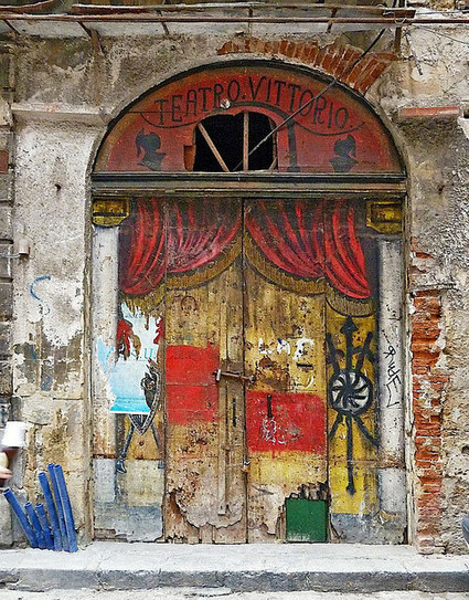 20 amazing and otherworldly doors in Italy | Tripping Sicily | Scoop.it
