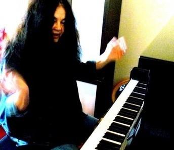 Découvrez la ZikCard de Corinne de Saint Angel, pianiste | Communiquer sur le Web | Scoop.it