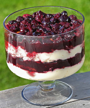 Recipe: Amaretto and cherry trifle - Stuff.co.nz | Great Recipes | Scoop.it