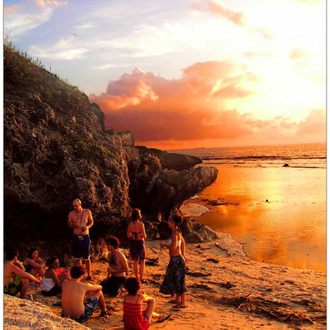 Chill on Coral Beach at Sunset | Picture Chest Photography { Inspirations & Insights } | Scoop.it
