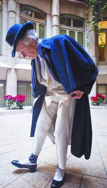 Tom Wolfe en Barcelona: el hombre del traje blanco no puede dejar ... | Periodismo narrativo | Scoop.it
