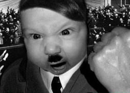 Buzz: Si Hitler était mort enfant... (video) | cotentin webradio Buzz,peoples,news ! | Scoop.it