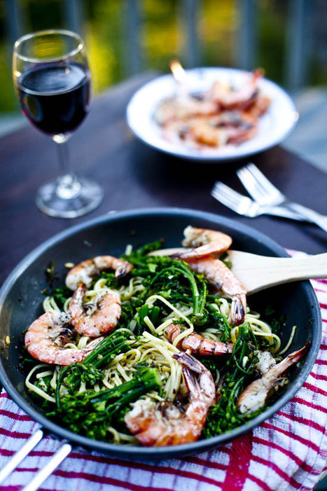 #HealthyRecipe // Spicy Shrimp Pasta with Broccolini | The Man With The Golden Tongs Goes All Out On Health | Scoop.it