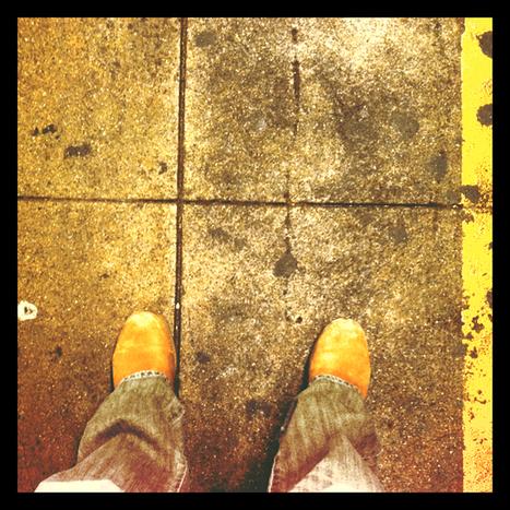 Stop looking down (Q17) | Beyond 52Quarters | Scoop.it