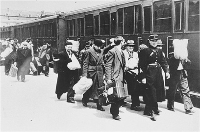 Coalition for Holocaust Rail Justice , le CRif et la SNCF | Archives  de la Shoah | Scoop.it