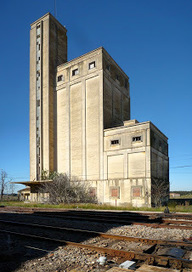 Spain: The grain silos at Estación Arroyo-Malpartida | Grain Elevators | Scoop.it