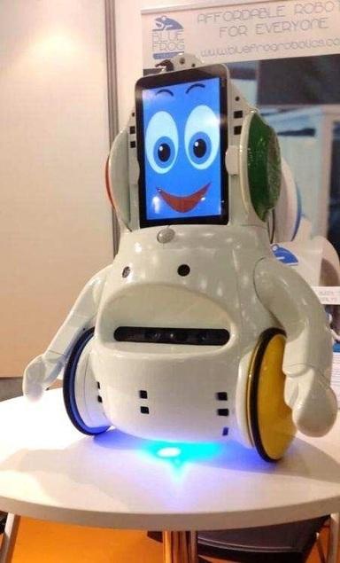 BLUE FROG ROBOTICS, jeune entreprise innovante de la Silver Valley, est lauréat du concours mondial d'innovation 2030 | R&D and innovation in France | Scoop.it