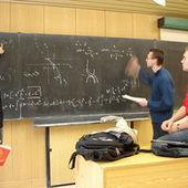 Crise oblige, les professeurs affinent leur enseignement de l'économie | Pédagogie, Education, Formation | Scoop.it