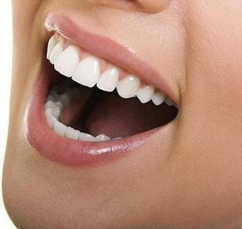 The Benefits of Opting Cosmetic Dental Service from a Cosmetic Dentist in Mesa | shimaaspc | Scoop.it