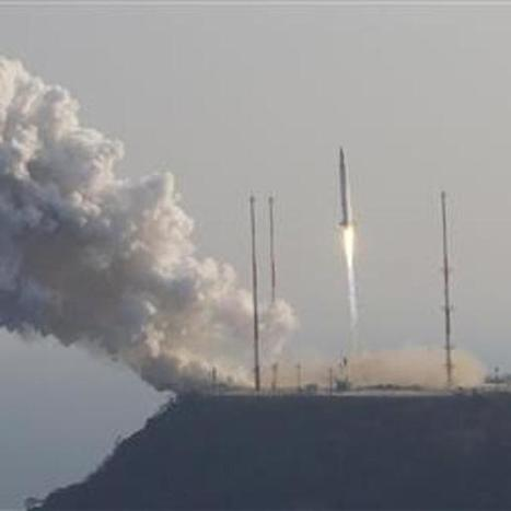 South Korea launches first civilian rocket amid tensions with North | Navy Sitrep | Scoop.it