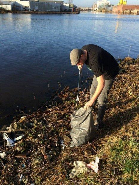 Tommy Kleyn, l'artista che da solo ha ripulito dai rifiuti le sponde del fiume a Rotterdam | Ecologia Evolutiva | Scoop.it