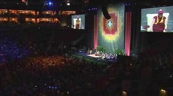 Nearly 16,000 see Dalai Lama in person in Louisville | Empathy and Compassion | Scoop.it