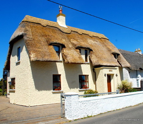 Traditional thatched cottages, Kilmore Quay, Wexford   Irish Archaeology   THE COTTAGE COMPANY  & THE FRENCH VINTAGE  COTTAGE   Scoop.it