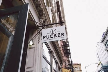 Pucker up New York, a new makeup bar opened in SoHo to rave reviews (Aspect 3) | Esthetics in Cosmetology & Schooling (aspects 2 +3) | Scoop.it