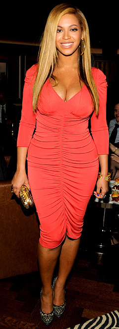 Hmmmm? Beyonce Reveals Sexy Post-Baby Body 1 Month After 'Giving Birth' | TonyPotts | Scoop.it