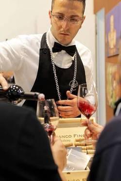 Nel 2020 Cina maggior consumatore di vino al mondo - ANSA.it | Il piacere del bere | Scoop.it